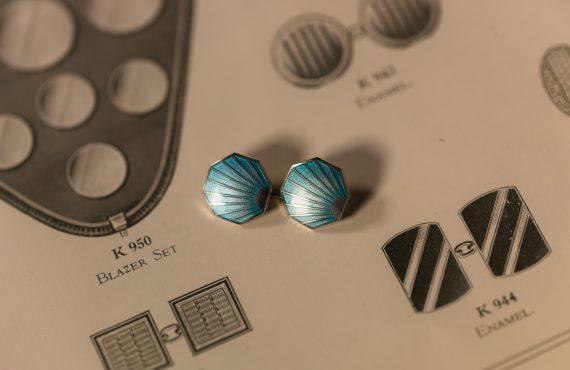 Designing Jewellery At Deakin & Francis