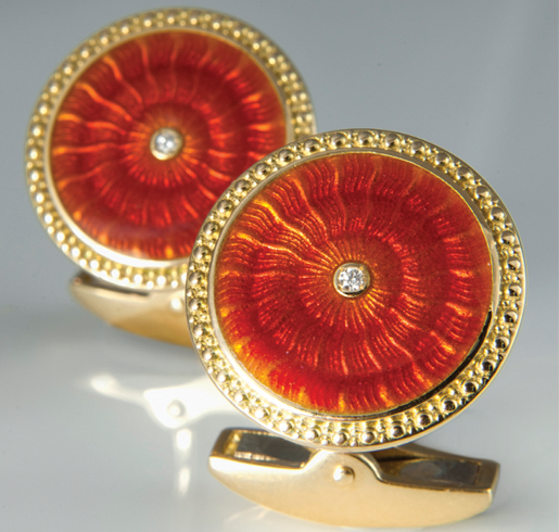 GOLD Exquisite 18ct gold cufflinks