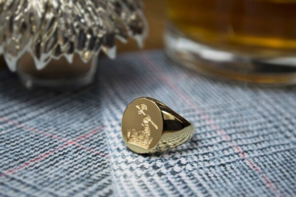 9ct Gold Oval Signet Ring - Heavy Weight (10.5 x 8.5mm)