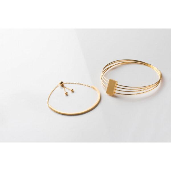 Bonita Gold Plated Small Bar Bracelet