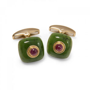 18ct Yellow Gold Nephrite Bouton Cufflinks with a Ruby Centre